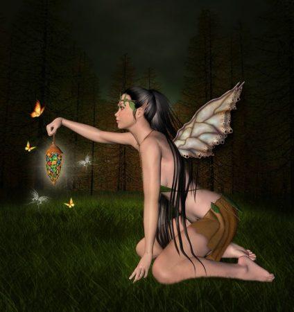 夜の森の中にいる妖精