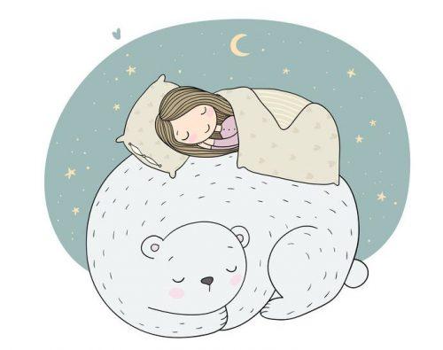 クマの上で寝る少女