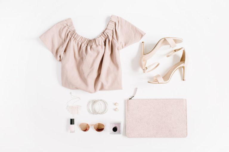 女性用の洋服
